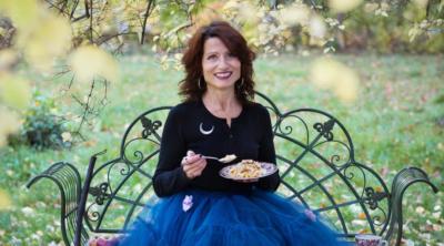Hella Nathorst-Böös, författare till Häxans kokbok. Foto: Eva Stackelberg